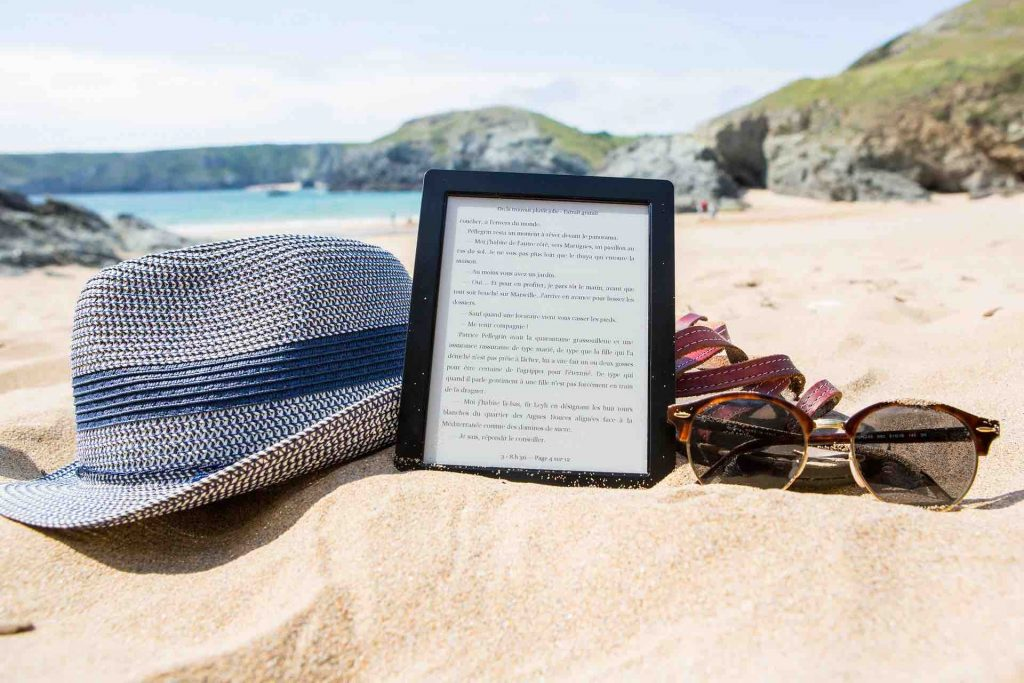 Picture of an e-reader on a Spanish beach