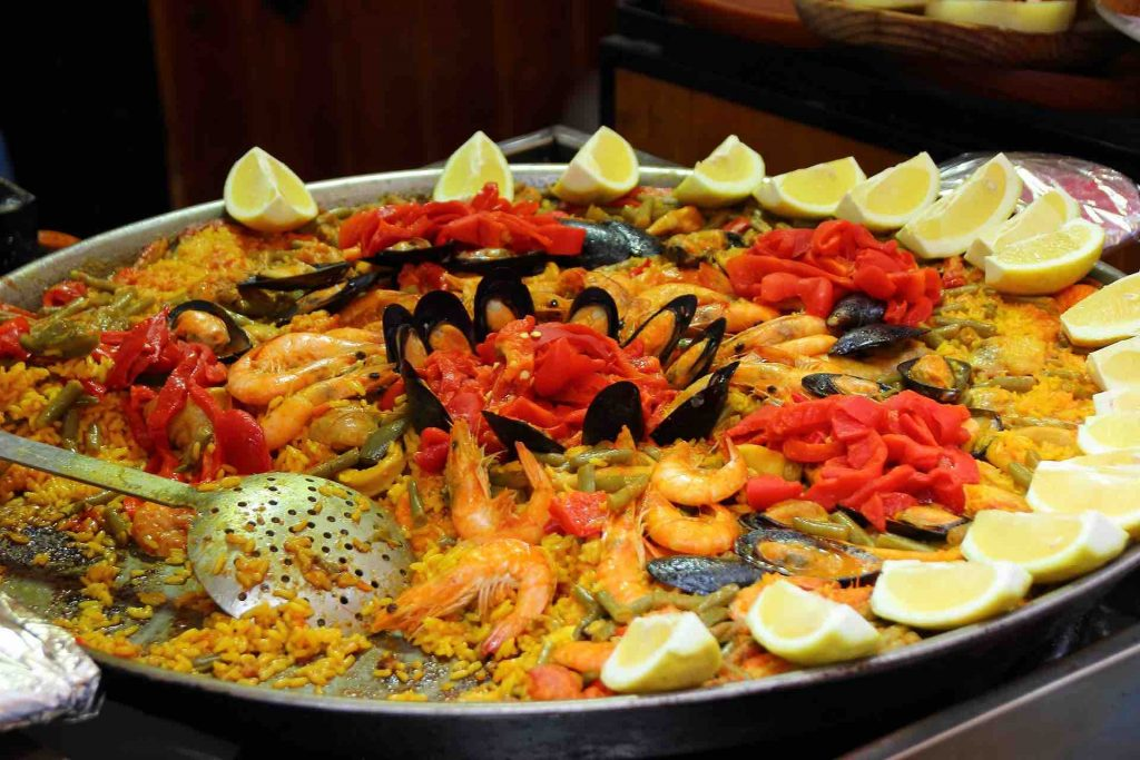 Picture of paella with tiger mussels